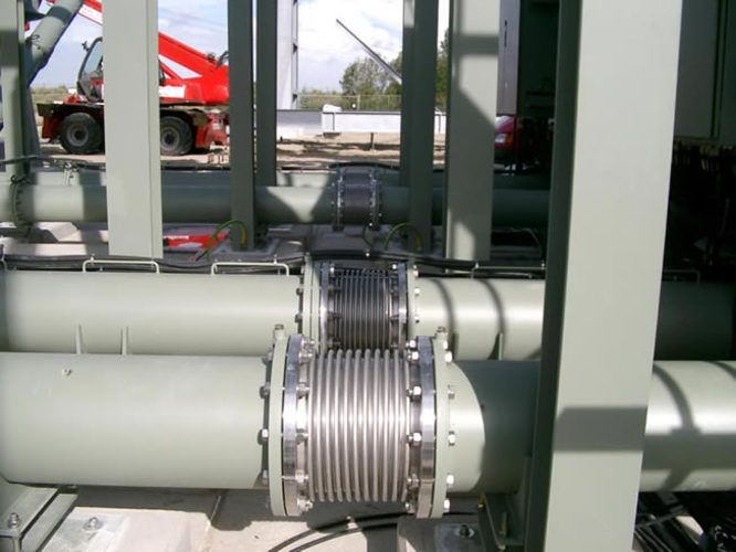 Axial unrestrained expansion joint example 2