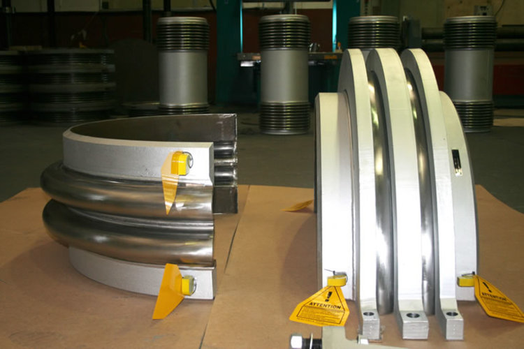 clamshell type expansion joint example 1