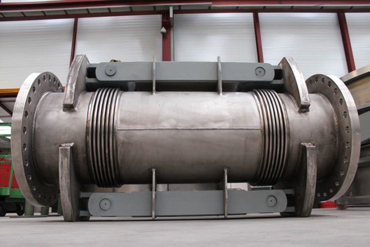 double articulated expansion joint example 4