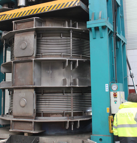 double hinged expansion joint example 8