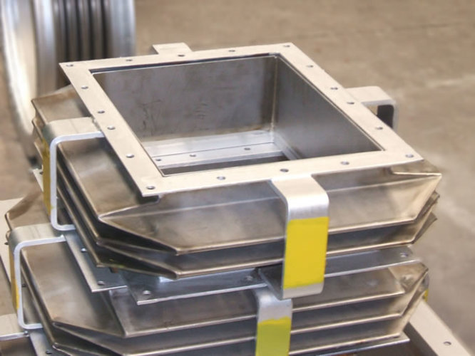 Rectangular expansion joint example 1