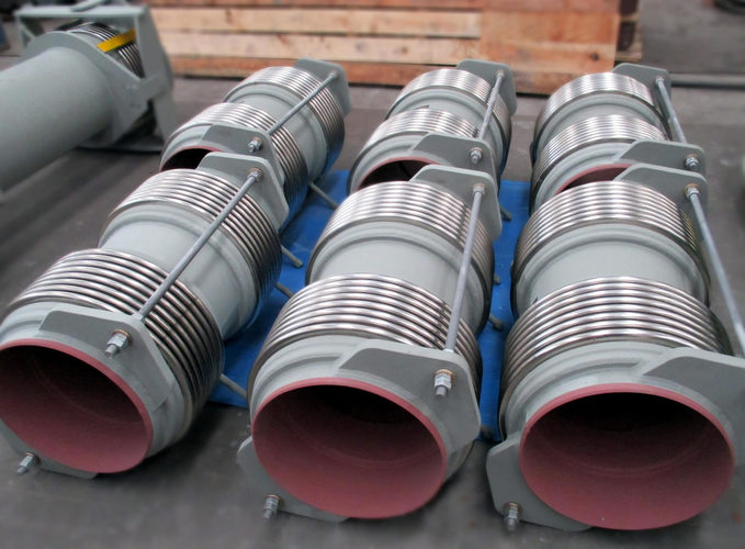 Lateral universal expansion joint example 9