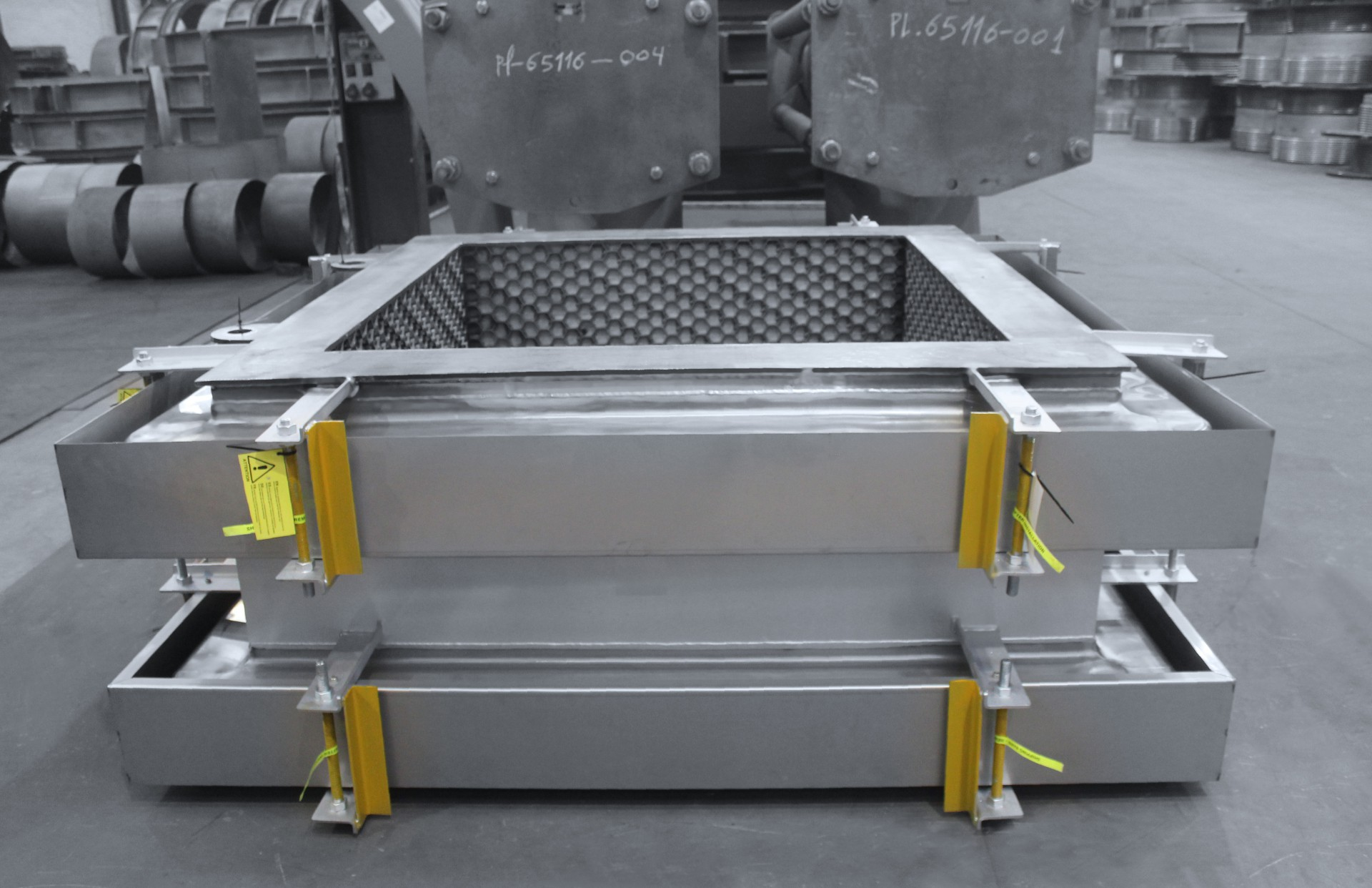 Rectangular MACOGA MRU Expansion Joints for ESSO Refinery