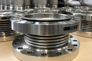 Juntas de expansión con fuelles de titanio