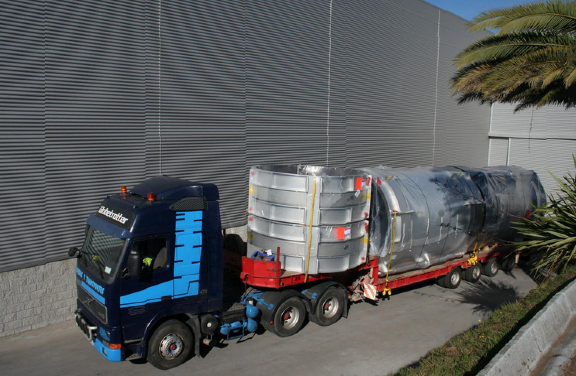 Truck departing MACOGA