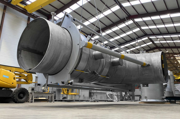 Large Engineered FCC Expansion Joints for a Petrochemical plant in the Far East