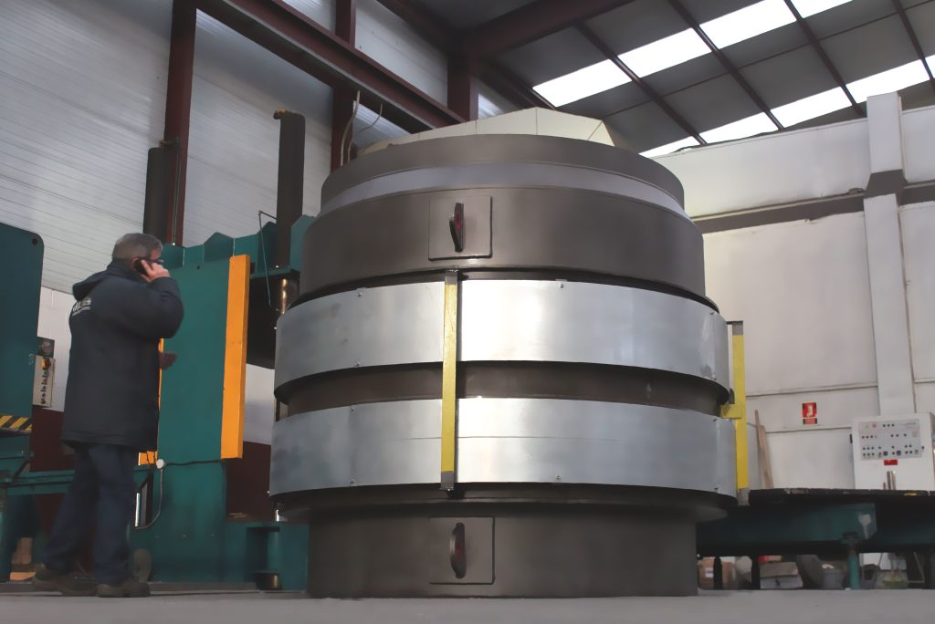 Reactor Internal Expansion Joint UOP Fluid Catalytic Cracking Process Unit for European Refinery