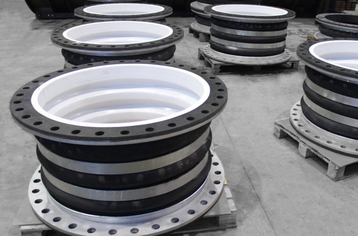 PTFE lined Rubber Expansion Joints for Refinery Company in Saudi Arabia