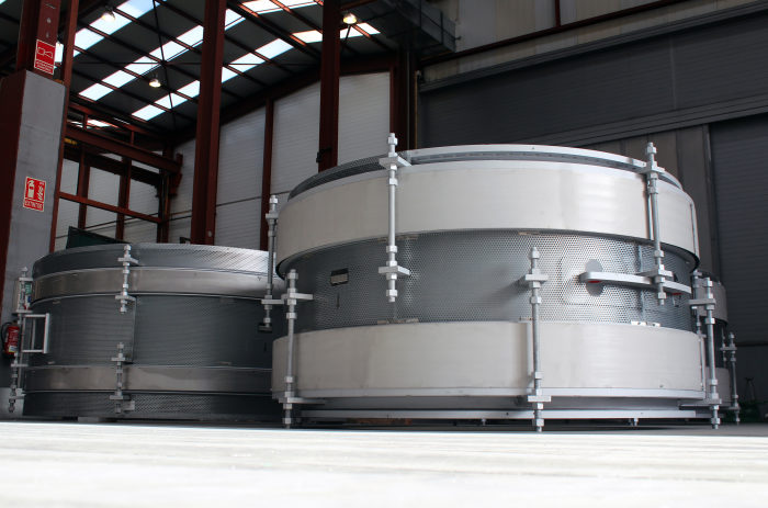Product design for extreme environments.  Temperature  +1315 °C [2400 °F] Expansion Joints for a Nylon 6.6 Plant in the Far East