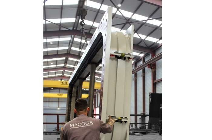 Dog Bone Expansion Joints for Marlim Azul Power Plant in Brazil
